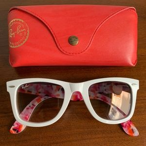 bd6a96bc6534a Women s Pink Ray Ban Wayfarer on Poshmark